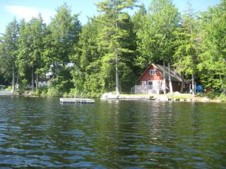 Private lakeside cottage w/ sandy beach & 4 kayaks - Sebago vacation rentals