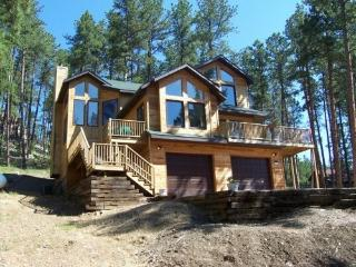 ELEGANT MOUNTAIN CEDAR CABIN IN THE PINES - Rapid City vacation rentals
