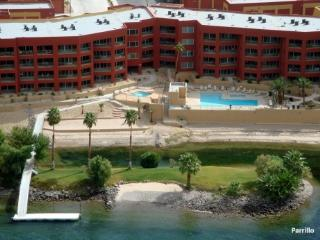 RIVERFRONT CONDOS - directly across from Casinos - Bullhead City vacation rentals