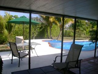 4/2 Boca Raton Home with Heated Pool - Boca Raton vacation rentals