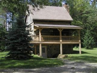 Valley View Log Cabin in Brown County, Indiana - Nashville vacation rentals