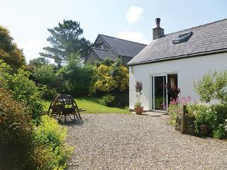 Pet Friendly Holiday Cottage - Heralds House, Dinas Cross - Dinas Cross vacation rentals
