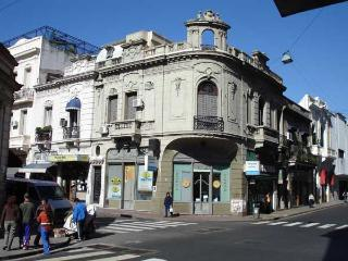 Luxury 3 bedroom mansion in San Telmo -C.Calvo St. - Buenos Aires vacation rentals