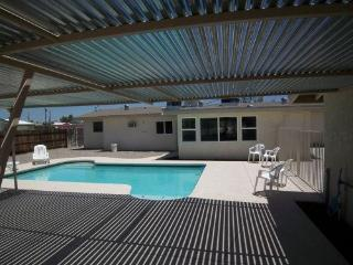 THE CLOSEST HOUSE IN HAVASU!! - Lake Havasu City vacation rentals