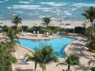 Direct Ocean Front Condo on Hollywood Beach - Hollywood vacation rentals