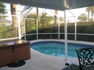 6 Min 2 Bch-3/2 HOME wScn POOL/SPA - Ormond Beach vacation rentals