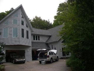 Lux Rental in Fish Creek, Door County. WOLFGANG's - Door County vacation rentals