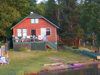 Sunset Lake Cabins-The Walleye-Iron River, MI - Upper Peninsula Michigan vacation rentals