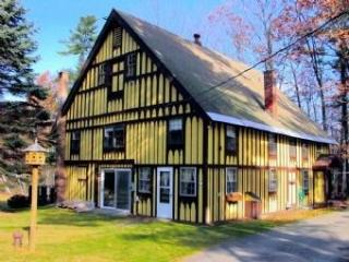 Unique Bavarian Style Home with a historical past - Moultonborough vacation rentals