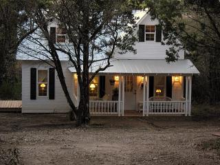 Most Unique Cottage in Texas - Granbury vacation rentals