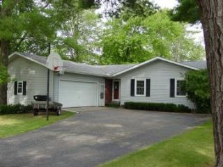 Pinehaven Retreat - Waupaca Chain O'Lakes Cabin - Waupaca vacation rentals