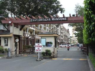 Condo Unit, East Ortigas Mansions, Pasig City - Pasig vacation rentals