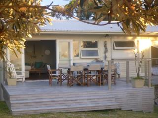 Perfect beach-front location.....PARADISE ! - Mollymook vacation rentals