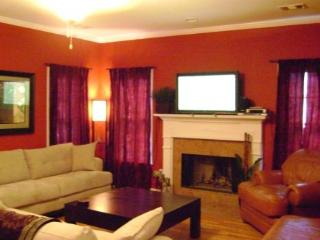 GREAT LOCATION DOWNTOWN - Atlanta Metro Area vacation rentals