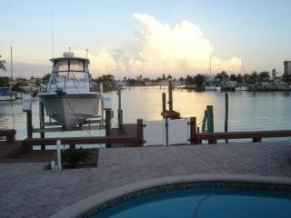 Welcome to Paradise - Treasure Island vacation rentals
