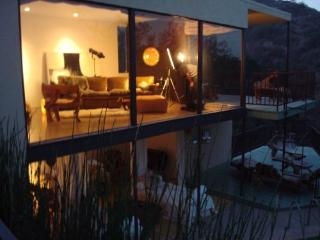 Beautiful Mid-Century Modern Hillside Home w/ view - Pasadena vacation rentals