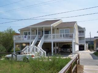 Sound front & 32' boat dock - North Carolina Coast vacation rentals