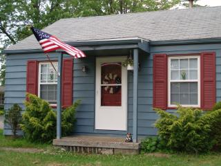 Lake Erie View  Just bring clothes and food! - Ohio vacation rentals