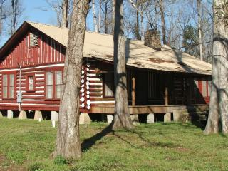 BALL MILL-- Picturesque Log House in the Woods - Mississippi vacation rentals