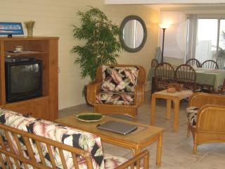 Leilani Waterfront  Home. On the water fun & views - Ewa Beach vacation rentals