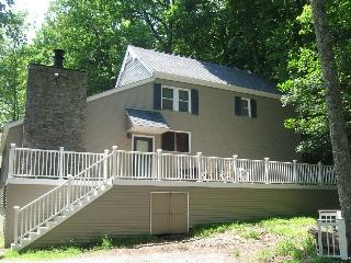 Poconos-Masthope Community! Close to the Pool! - Lackawaxen vacation rentals