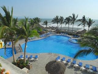 BEACHFRONT EARLY BIRD Xmas/NYE Weeks only $2200/WK - Nuevo Vallarta vacation rentals