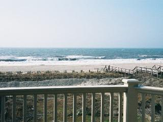 Beautiful ocean view, pool, hot-tub, elevator - Ocean Isle Beach vacation rentals