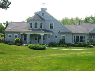Gorgeous Home with access rights to private beach - Kennebunkport vacation rentals