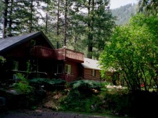 Icicle Haus Leavenworth WA (Best Kept Secret) - North Cascades Area vacation rentals