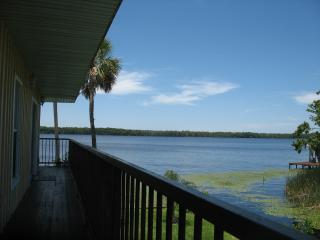St. Johns River Bass Fishing Georgetown Sunsets - Crescent City vacation rentals