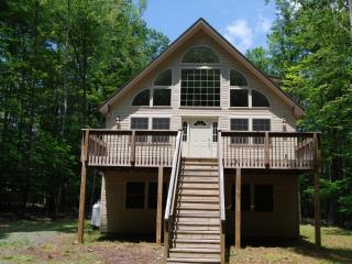 Locust Lake Getaway - Pocono Lake vacation rentals