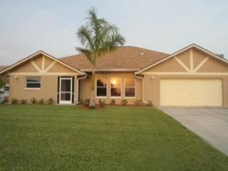 Casa Maya - 15 Minutes to Open Waters - Cape Coral vacation rentals