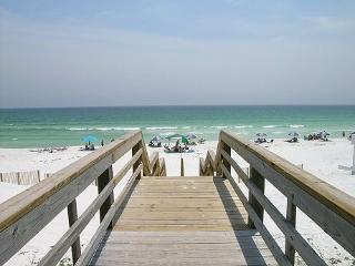 *Beach Retreat104*Dog Friendly*Great Views!*Nice! - Florida Panhandle vacation rentals