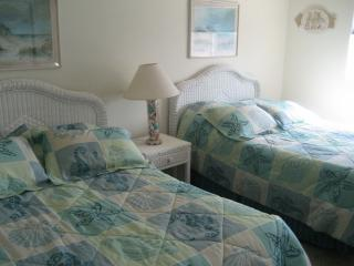 Cape May, NJ Beach Block Condo with pool - Cape May vacation rentals
