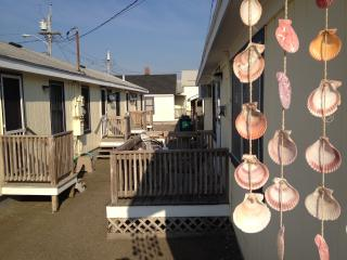3-4 Brrm Cottage @ Hampton Beach, NH - New Hampshire Seacoast vacation rentals