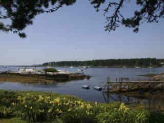 Water Front Cottage next to Sebasco Harbor Resort - Phippsburg vacation rentals