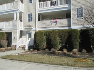 Huge Family Condo at Great Location - 8/23-28 OPEN - Wildwood vacation rentals