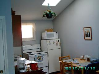 Quiet 2 Bedroom Condo 500 yds. to the Ocean - South Yarmouth vacation rentals