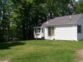 Comfy cabin over- looking lake - Wisconsin vacation rentals