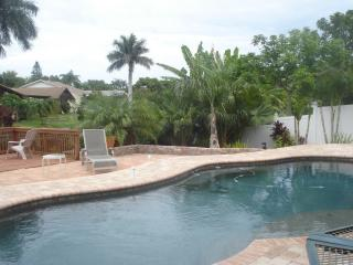 Tropical setting with fishing in your backyard - Bradenton vacation rentals