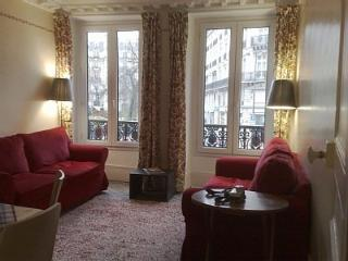 9th Opera Holiday Apartment: Paris Centre 9th Park - Ile-de-France (Paris Region) vacation rentals