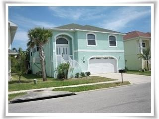 New Port Richey 4 Bedroom Beautiful Pool Home - New Port Richey vacation rentals