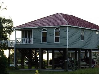 3 bed. beachhouse next to the Island View Casino! - Gulfport vacation rentals