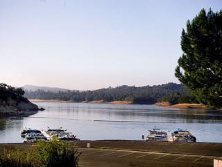 Beautiful four bedroom lake house - Lake Nacimiento vacation rentals