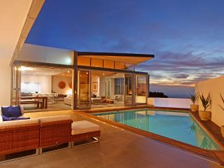 Villa Aurora, Luxury 5 Bedroom Villa, Camps Bay - Camps Bay vacation rentals