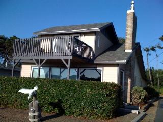 Ocean View Home, 100 yards to the beach - Oregon Coast vacation rentals