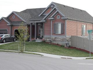 Luxury Home with theater room! 20 mins to SLC. - Lehi vacation rentals