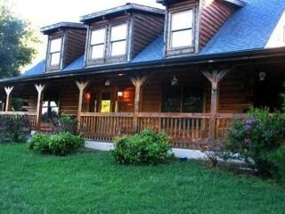 Dancing Bear Lodge - Table Rock Lake vacation rentals