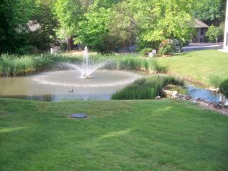Peaceful Condo at the Meadows *Pool *Sleep 6 *Wifi - Missouri vacation rentals