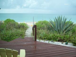 DIRECT BEACH FRONT HOME on MANASOTA KEY - Manasota Key vacation rentals